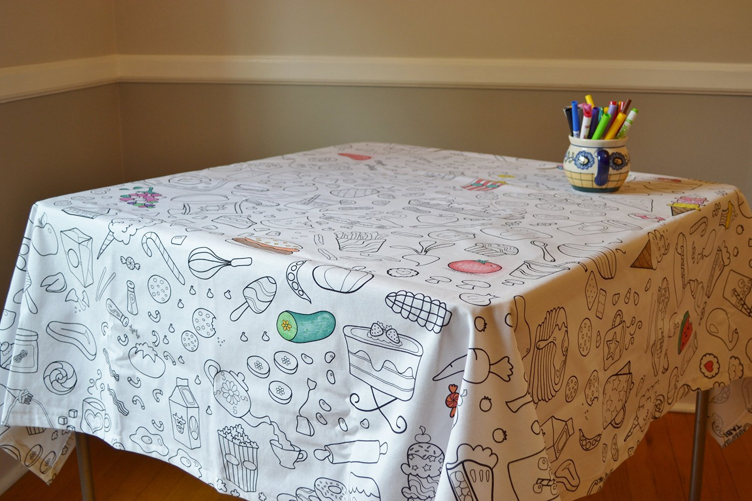 The Coloring Table   Food Fun Tablecloth 867177000123